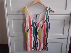 tshirt vermaken / zelf kleding maken / zelf kleding naaien / DIY / kleding vermaken / www.geensteekjelos.wordpress.com
