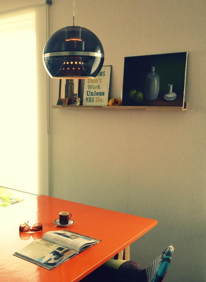 retro wonen / inspiratie / vintage / retro lamp / Dijkstra hanglamp / bollamp retro / jaren 70 lamp / www.geensteekjelos.wordpress.com