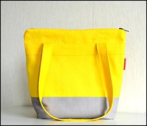 handgemaakt / zelf een tas maken / handgemaakte shopper / zelf een shopper maken / www.geensteekjelos.wordpress.com