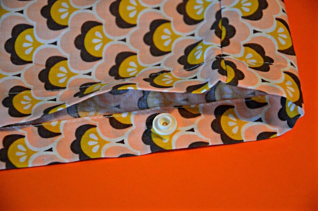 problemen met bevestigen kam snaps / kam snaps sluiten niet goed / bevestigen kam snaps / zelf kussenslopen maken  / retro stoffen / Soft Cactus / www.geensteekjelos.wordpress.com