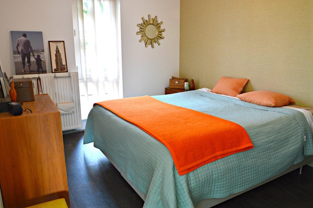 retro slaapkamer jaren 60 slaapkamer / sixties bedroom / mid centrury ...
